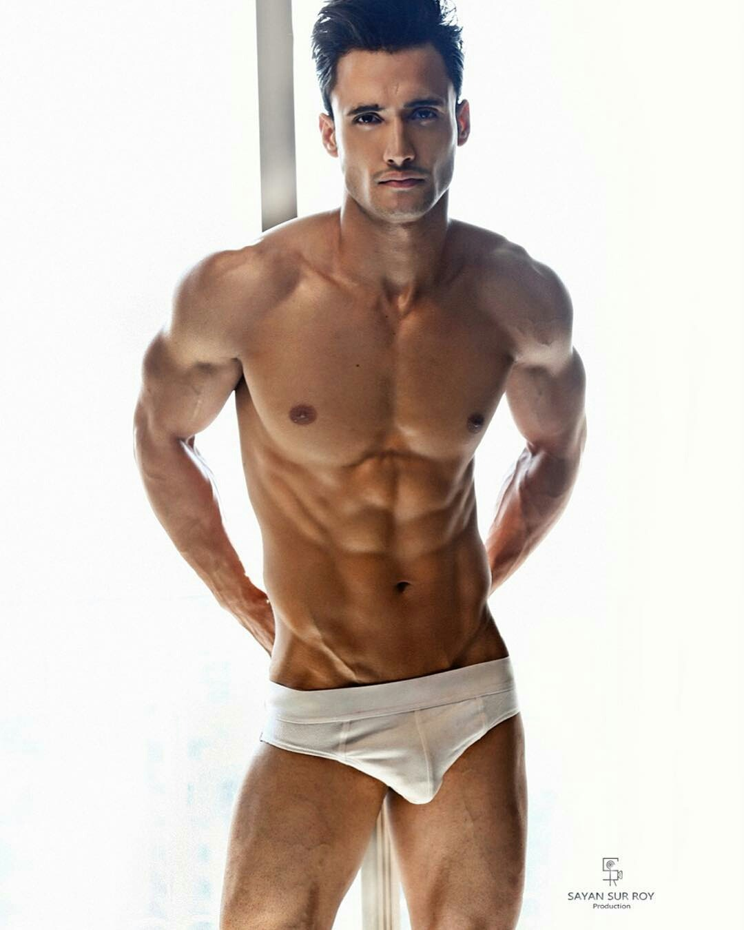Pin on *Beautiful Men ① (Shirtless)