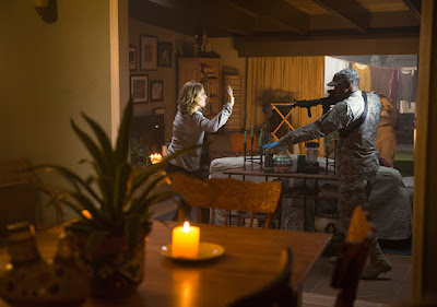 Fear the Walking Dead - 1x04 - Bisogno di normalità (titolo originale Not fade Away)