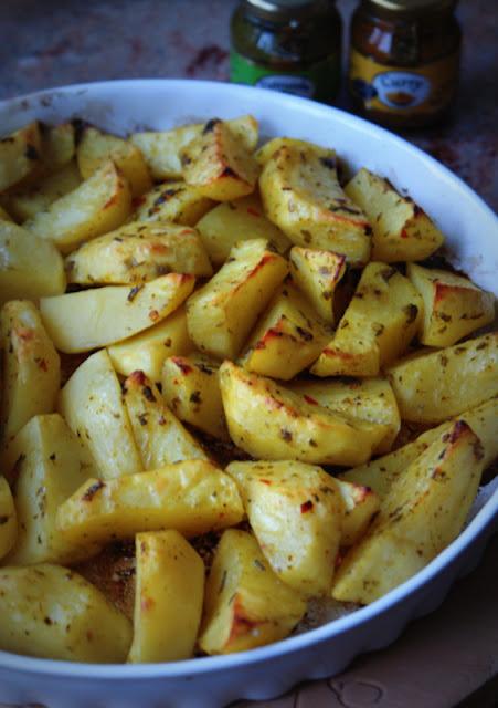 Proeco,curry,pietruszka,ziemniaki,Monini,vinegrette classico, ocet balsamiczny z Modeny