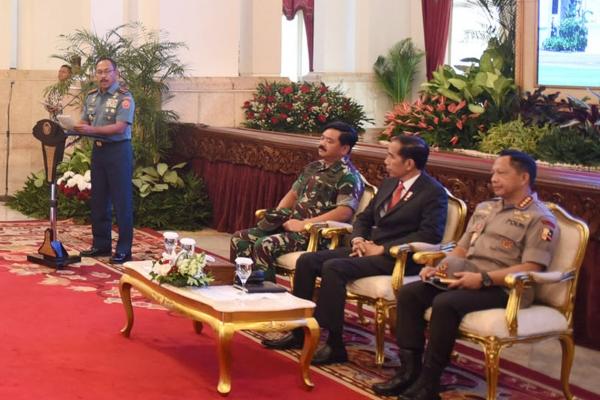 Jokowi Minta TNI-Polri Jubir Pemerintah, Lemkapi: Jangan Dibawa Ke Ranah Politik