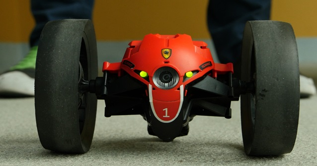 Robô parrot jumping sumo
