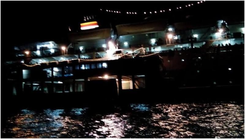 Penampakan Kapal Bukit Raya yang kandas di perairan Pontianak