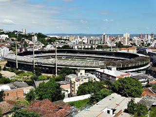 Estádio Olímpico Monumental - Visto do Cemitério João XXIII