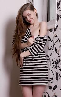 裸体宝贝 - Emily%2BBloom-S02-013.jpg