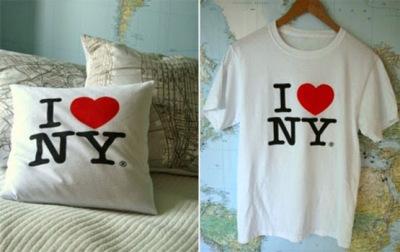 Sarung bantal terbuat dari kain t-shirt atau kaos bekas.