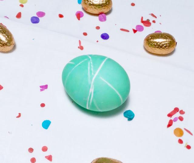 tenir-huevos-de-pascua-verde