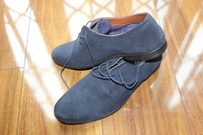 Membersihkan sepatu suede dan cara merawat sepatu suede