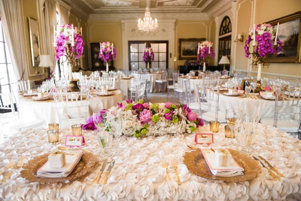 Latest sweetheart head table decor inspiration of wedding gowns by a little selection hint to make all better the head table for wedding reception party ideas can be such stunning steal ever any wedding bridal party junglespirit Image collections