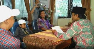 Subhanallah... Ini Cita-cita Bocah yang Masuk Islam Diantar Langsung Ibunya yang Non Muslim ke KUA