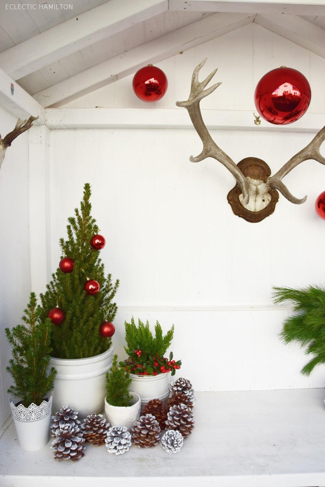 Weihnachtsdeko tisch rot europ ische weihnachtstraditionen - Weihnachtsdeko rot ...