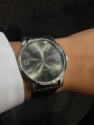 http://westernwatch.blogspot.com/2013/11/piercarlo-dalessio-quartz-dress-watch.html