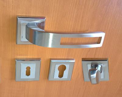 clanta pentru usa de interior