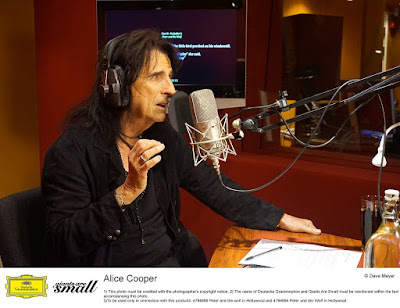 Alice Cooper in studio