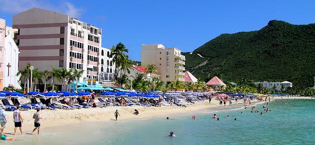 Hotel face à la Plage Saint Martin