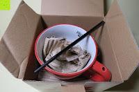 auspacken: Porzellan Teekannenservice von Original First Tea (Rot)