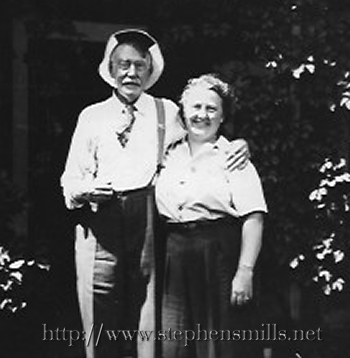 photo Walter L. Bacon and Helen Wentworth Bacon 2nd. wife of Ralph Bacon
