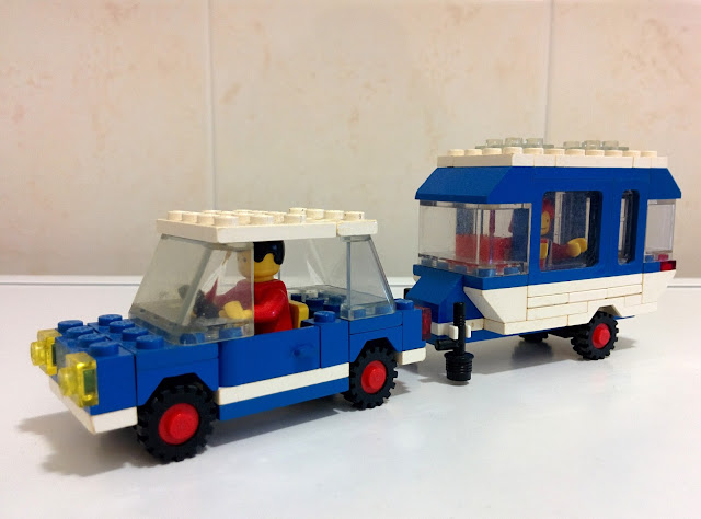 LEGO set 6694 automobile e roulotte - car with camper
