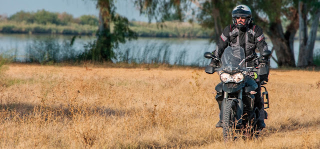 Traje-Tourland-Garibaldi-moto
