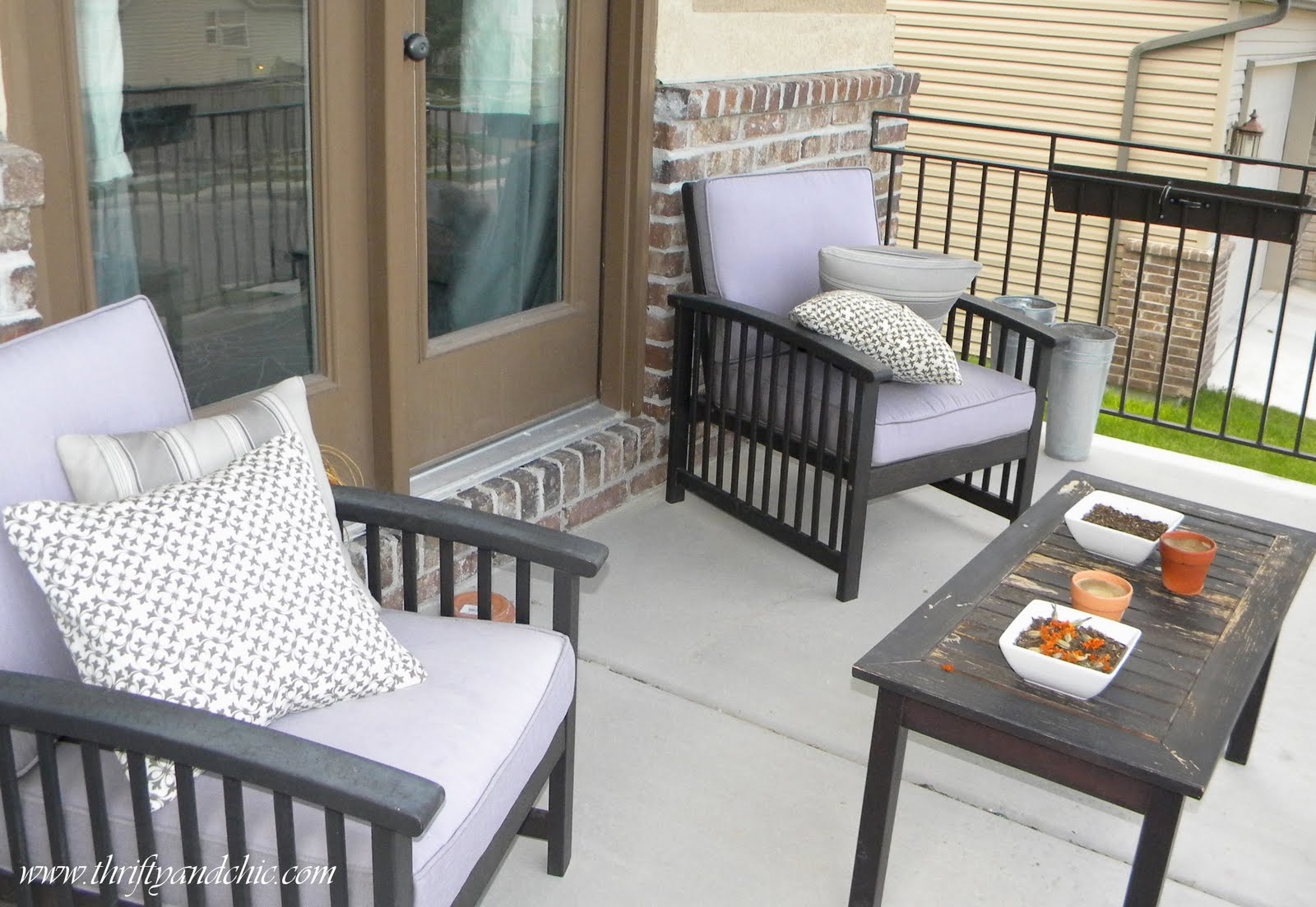 Diy Outdoor Chair Cushion Covers Plans Thrifty And Chic Projects Home Decor Re Cover A Patio