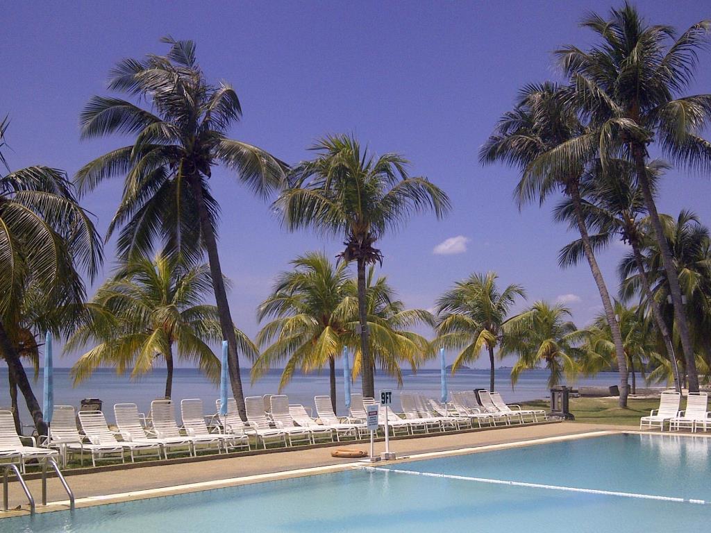 Apartment Port Dickson tepi pantai ada kolam renang
