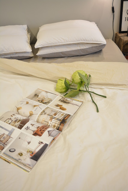 kirja mansikkapaikka ilona sänky makuuhuone