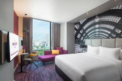 Source: Mercure Bangkok Makkasan. Representative room interior.