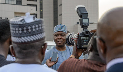 BREAKING: Saraki Arrives PDP Headquarters For NEC Meeting