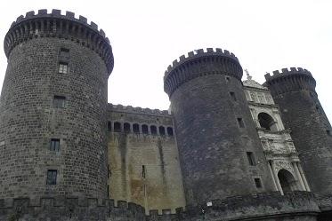 http://plecinlume.blogspot.de/search/label/Napoli