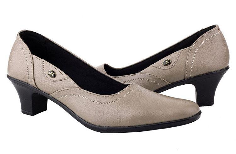 Konveksi dan Grosir Sepatu Kulit Pantofel Wanita untuk Kebutuhan ... dba1c0ca91