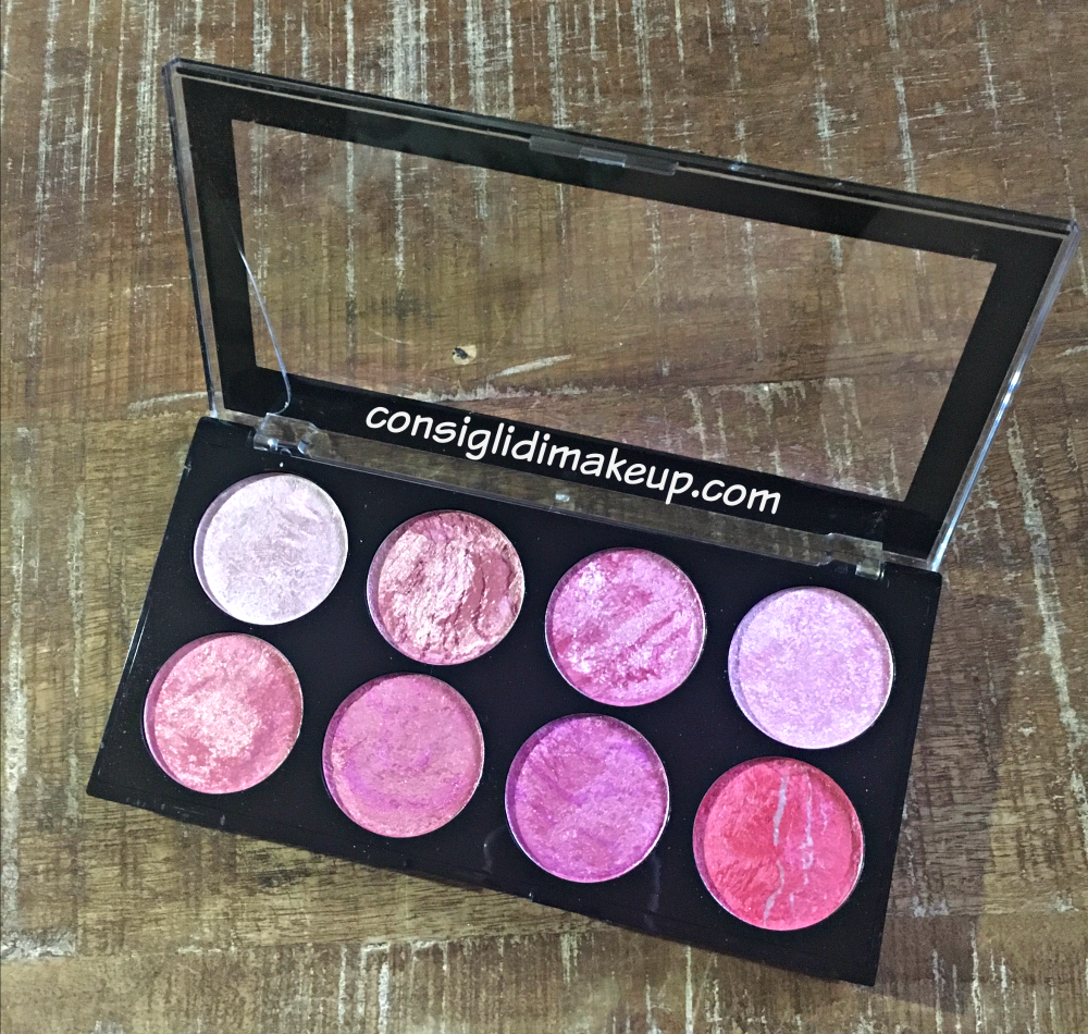 Blush Palette Blush Queen Makeup Revolution recensione
