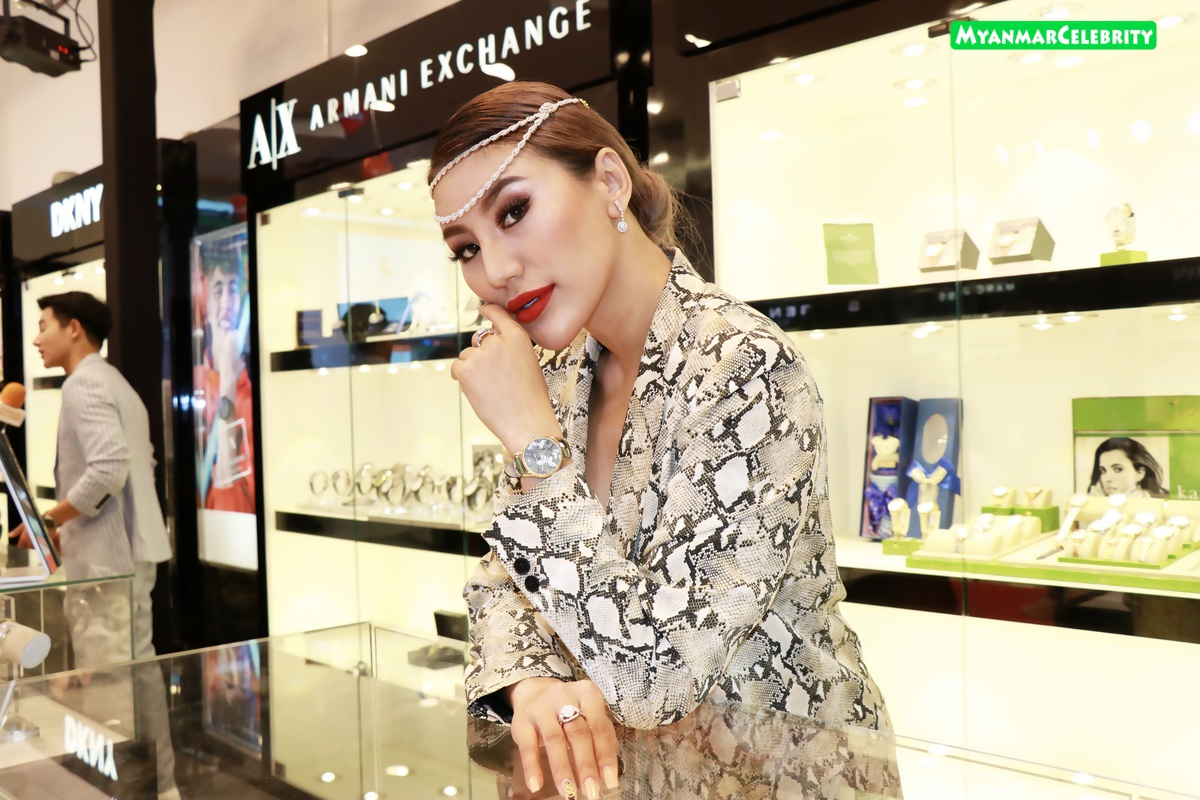 J naw premium fashion watch fair 2019 for Celebrity watches 2019