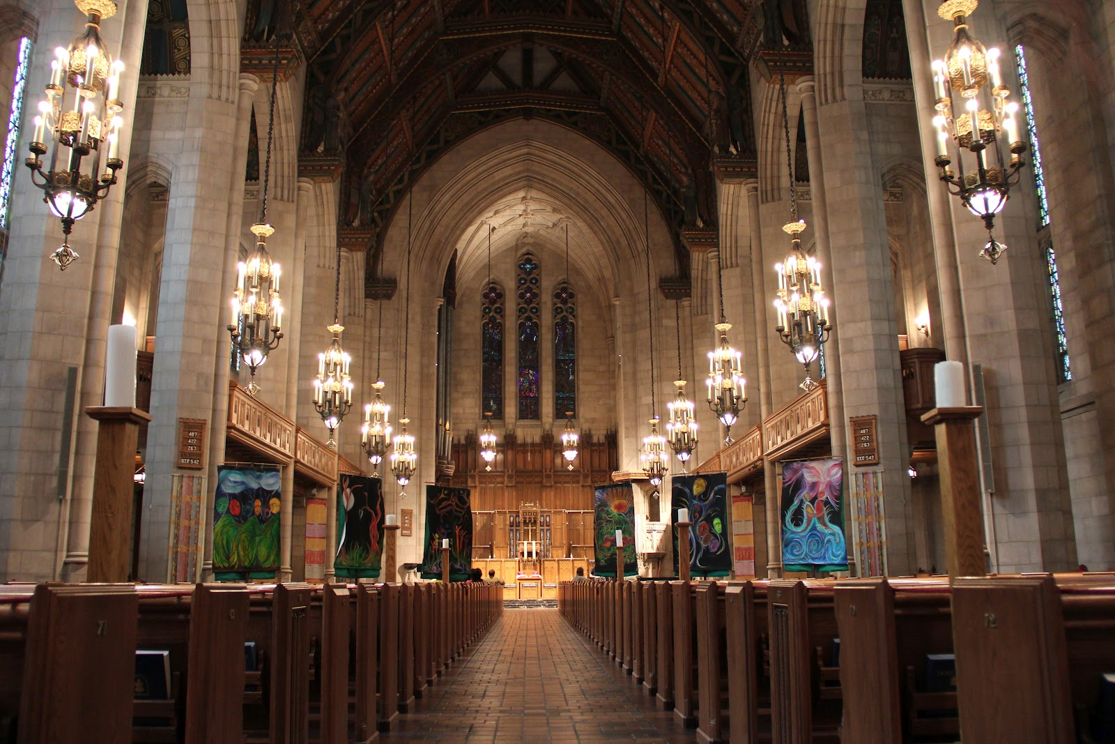Forest Park Beauty School: Lincoln Park Presbyterian Church