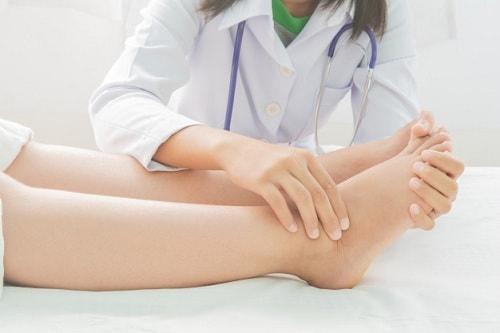 اسباب تورم القدمين عند الحامل