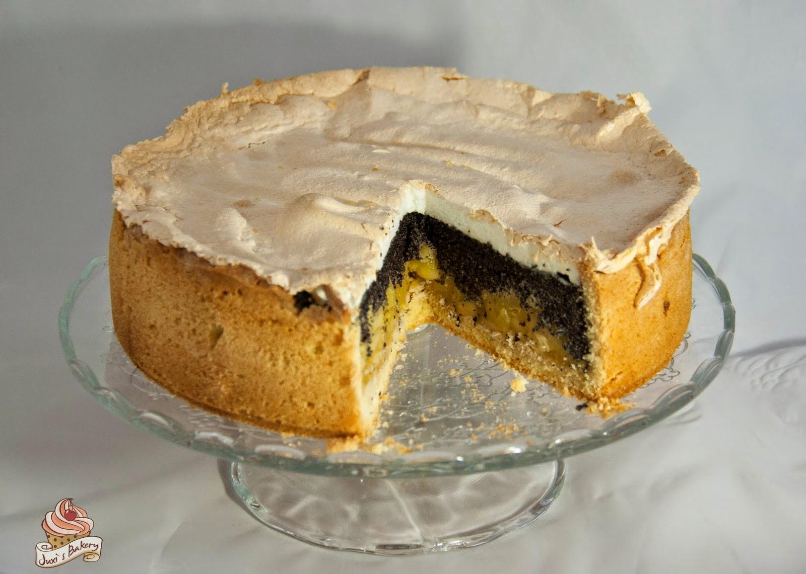 Juxi S Bakery Apfel Mohn Torte Mit Baiser Haube
