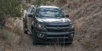 New 2016 Chevrolet Colorado front view 01