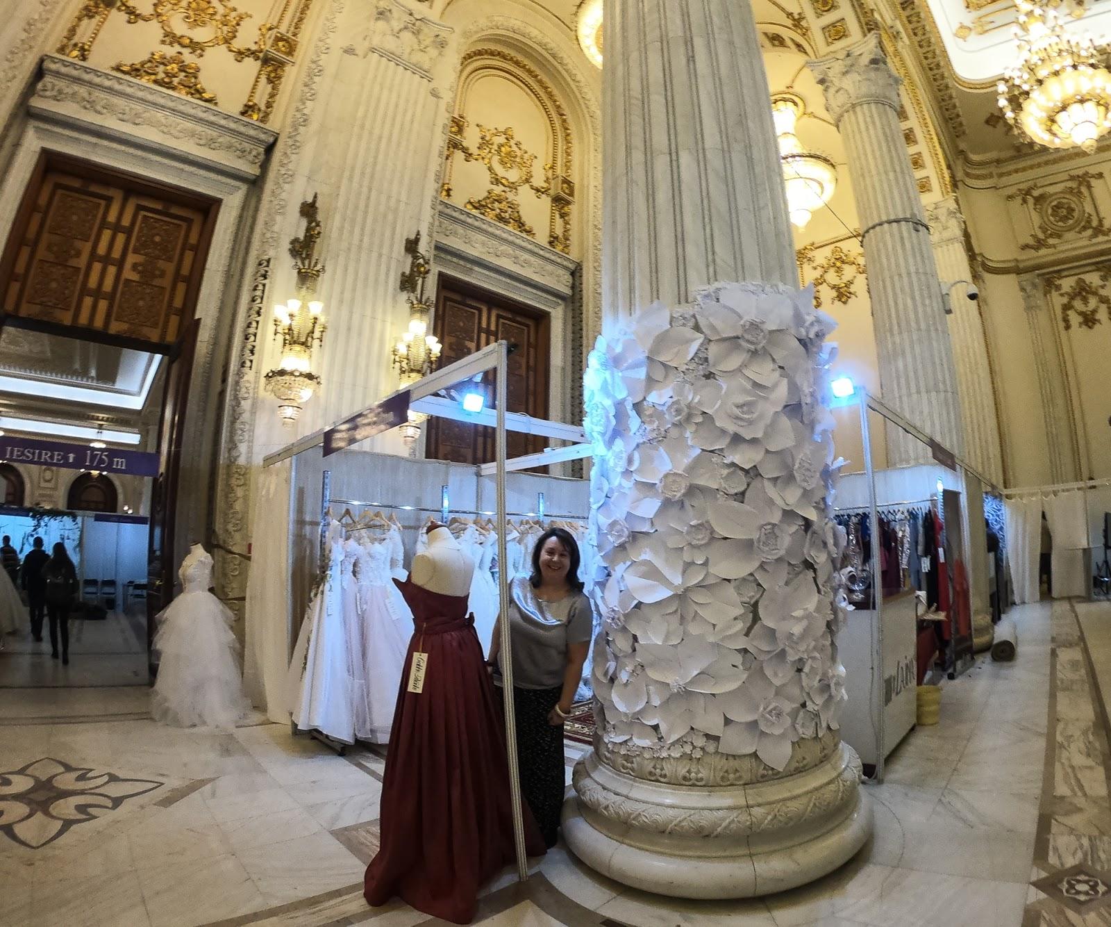 Decor cu flori de hartie - Mariage Fest targ de nunti - Bucuresti - Monica Badiu