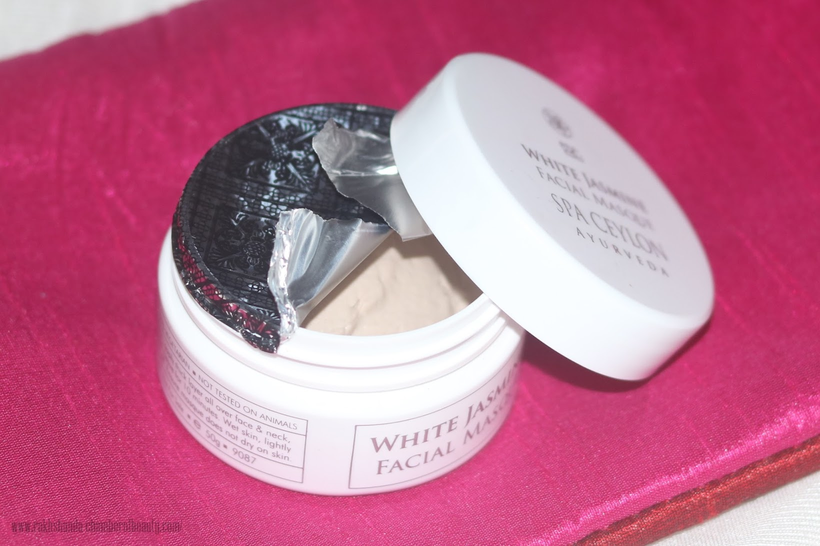 Fab Bag October 2015- review, swatches & photos, Spa Ceylon White Jasmine Facial Mask, skincare, Indian beauty blogger, Chamber of Beauty