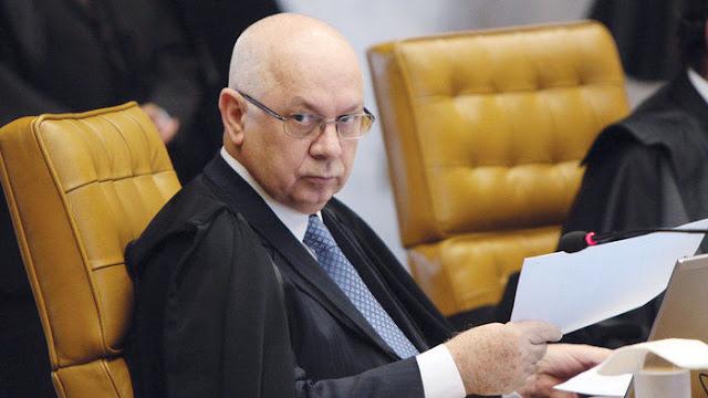 Nome do ministro Teori Zavascki, do STF, está na lista de passageiros de avião que caiu no RJ