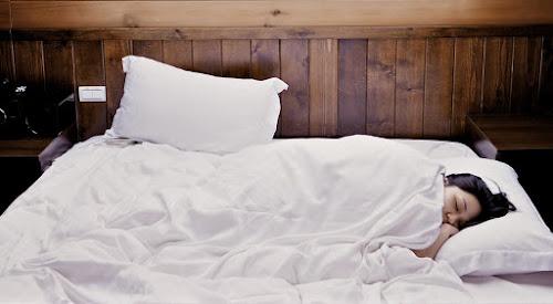cara tidur salah