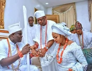 Checkout First Photos of Ooni Of Ife With His Beautiful Bride in His Palace
