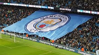 Timnya Kalah, Fans Manchester City Rusak Toilet Stadion Old Trafford