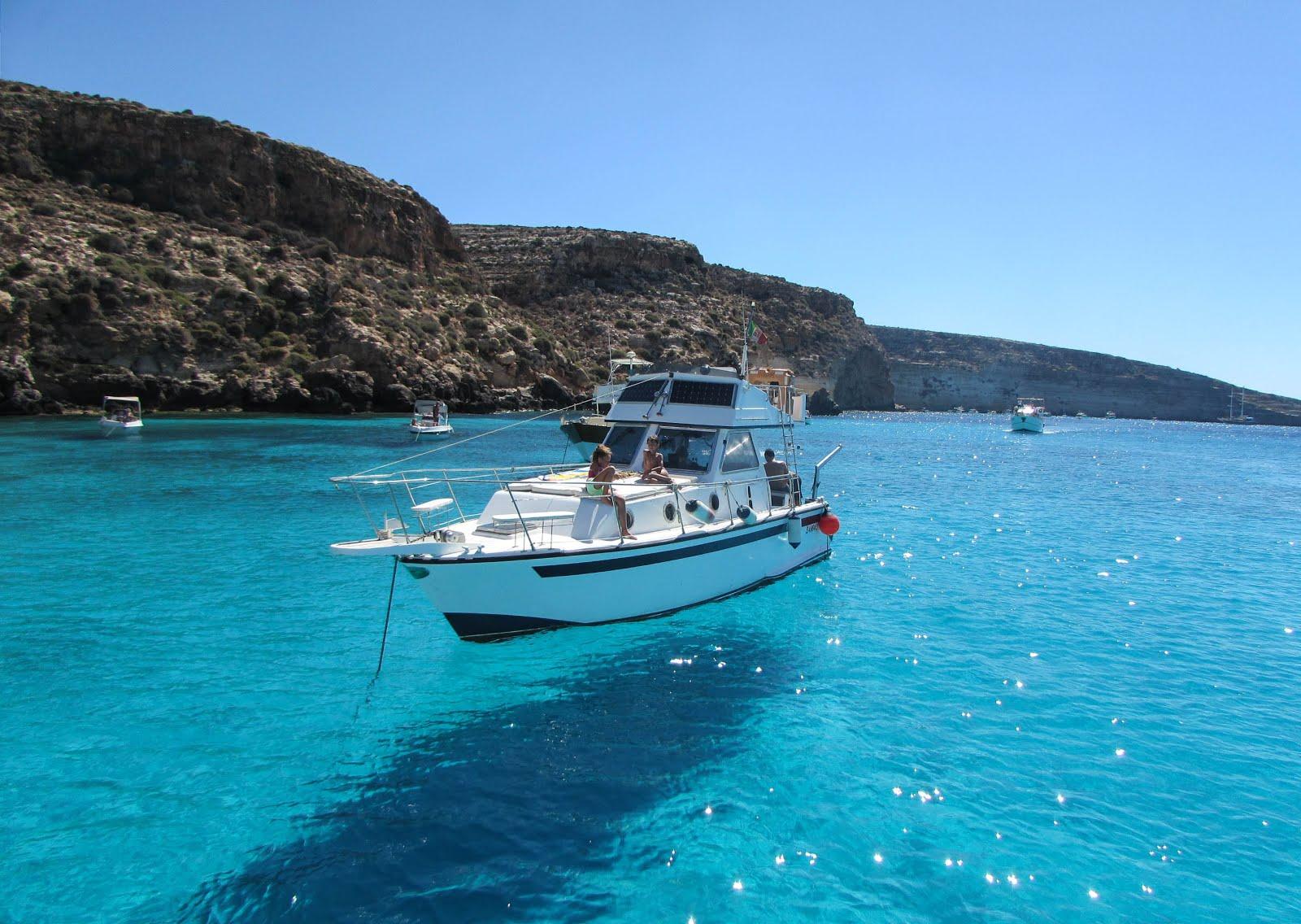 Vacanze Ferragosto: la scelta last minute è viaggiare alle Isole in Italia