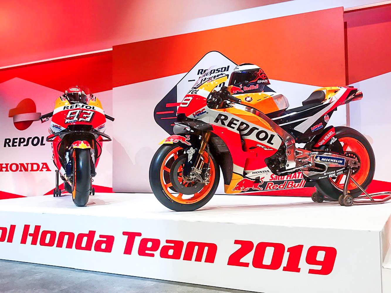 MotoGP : Tim pabrikan HRC Honda resmi perkenalkan Honda RC213V 2019 !