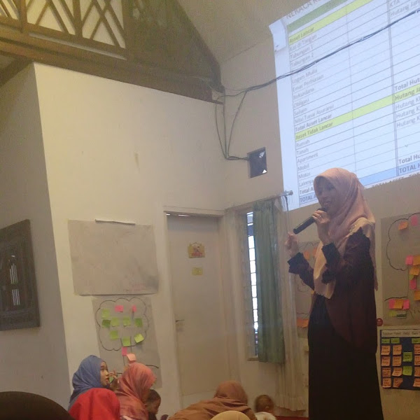 REVIEW EVENT: SPIRITUAL FINANCIAL PLANNING OLEH ISTI KHAIRANI