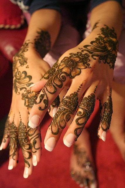35 best simple mehandi design back of the hand  beauty