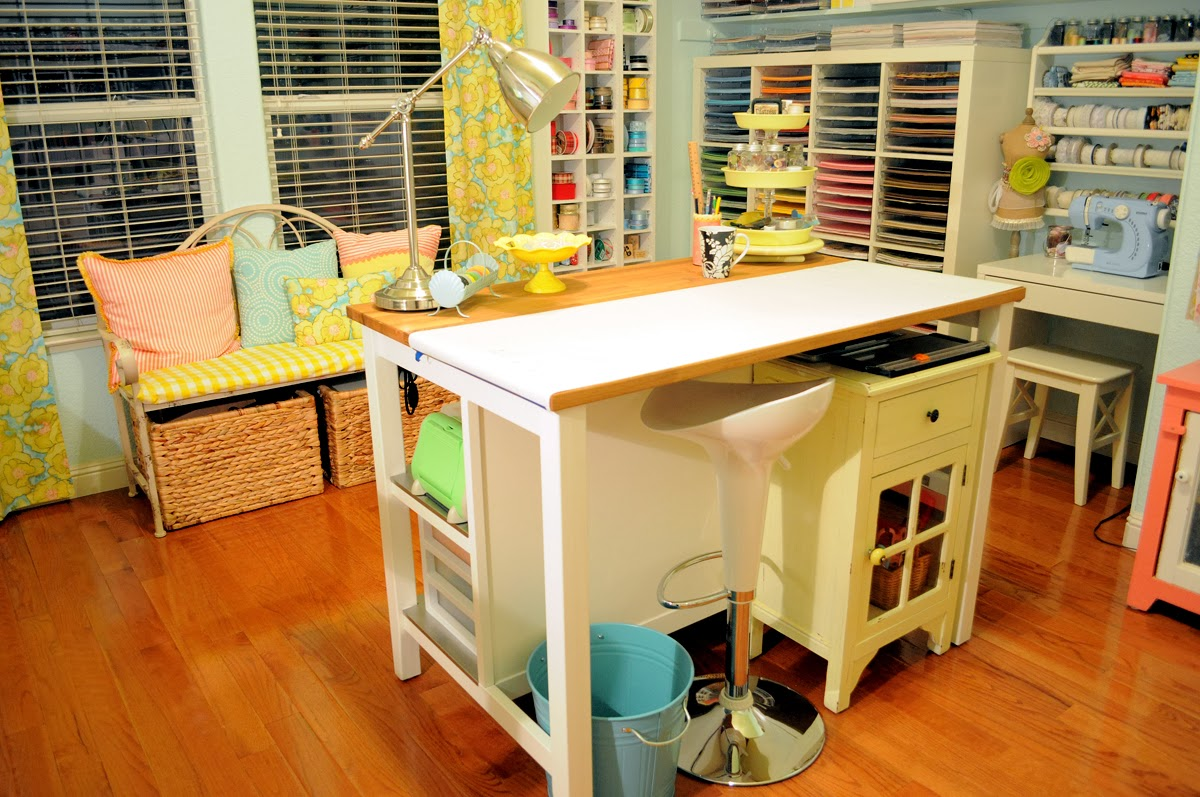 Storage For Craft Room: Hand To Paper: HGTV............SAY WHAT.....THAT'S MY