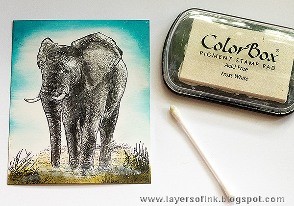 Layers of ink - Elephant Card Tutorial by Anna-Karin with stamps by Darkroom Door