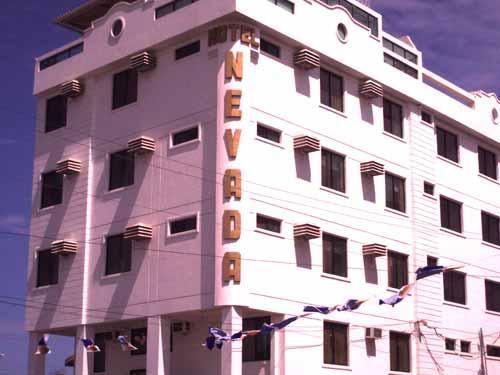 Hotel playas hotel nevada ecuador turistico for Alquiler de habitacion en hotel familiar