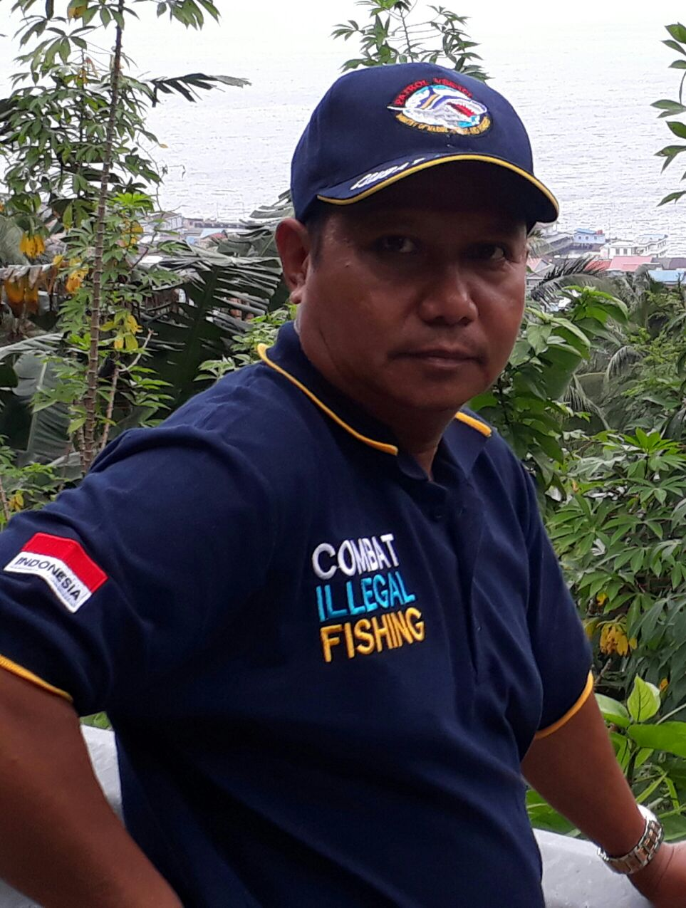 Kaos dan Topi Combat Illegal Fishing