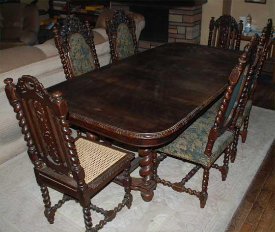 a vendre magnifique table 7 chaises louis xiii ou henri ii. Black Bedroom Furniture Sets. Home Design Ideas